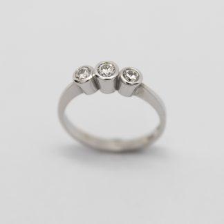 18ct White Gold Three Stone Diamond Ring_0