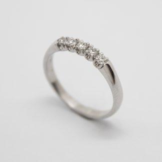 9ct White Gold Five Stone Diamond ET Ring_0