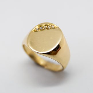 9ct Oval Gent Signet Ring_0