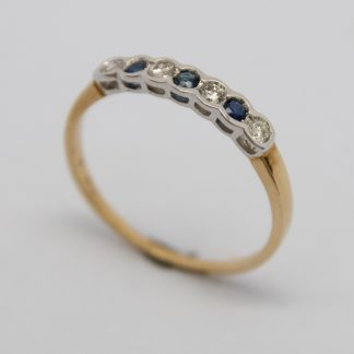 9ct Yellow Gold Diamond & Sapphire Ring_0