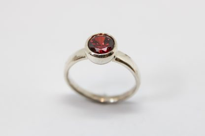 Stg 7mm Red CZ Bubble Ring_0