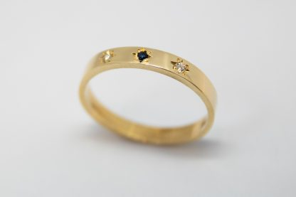 9ct Yellow Gold with Sapphire and Diamond Ring_0