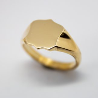 9ct Sheild Signet Ring_0