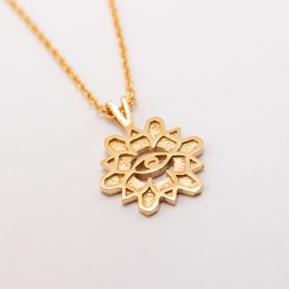 9ct Yellow Gold Flower Necklace with 9ct Chain_0