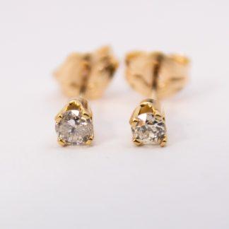 9K Diamond Stud Earrings_0