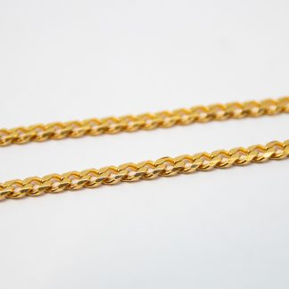 9ct Yellow Gold Bevelled Curb Chain_0