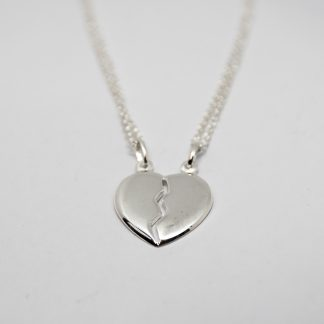 Stg Share Heart Pendant and Chains_0