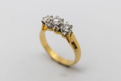 18ct Three Stone Diamond Ring_0