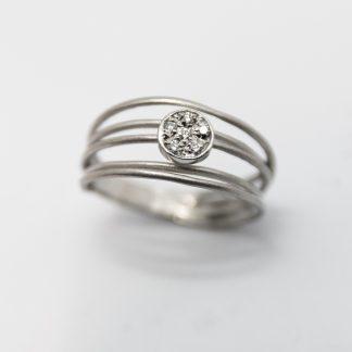 9ct White Twisted Diamond Band Ring_0
