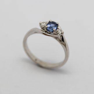 9ct White Gold Ceylonese Sapphire & Diamond Ring_0